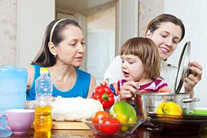 Que faire lorsqu'une personne atteinte de la maladie d'Alzheimer refuse de s'alimenter ?