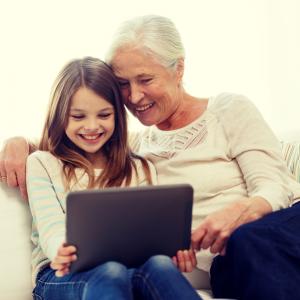 Maladie d'Alzheimer : symptômes et signaux d'alerte